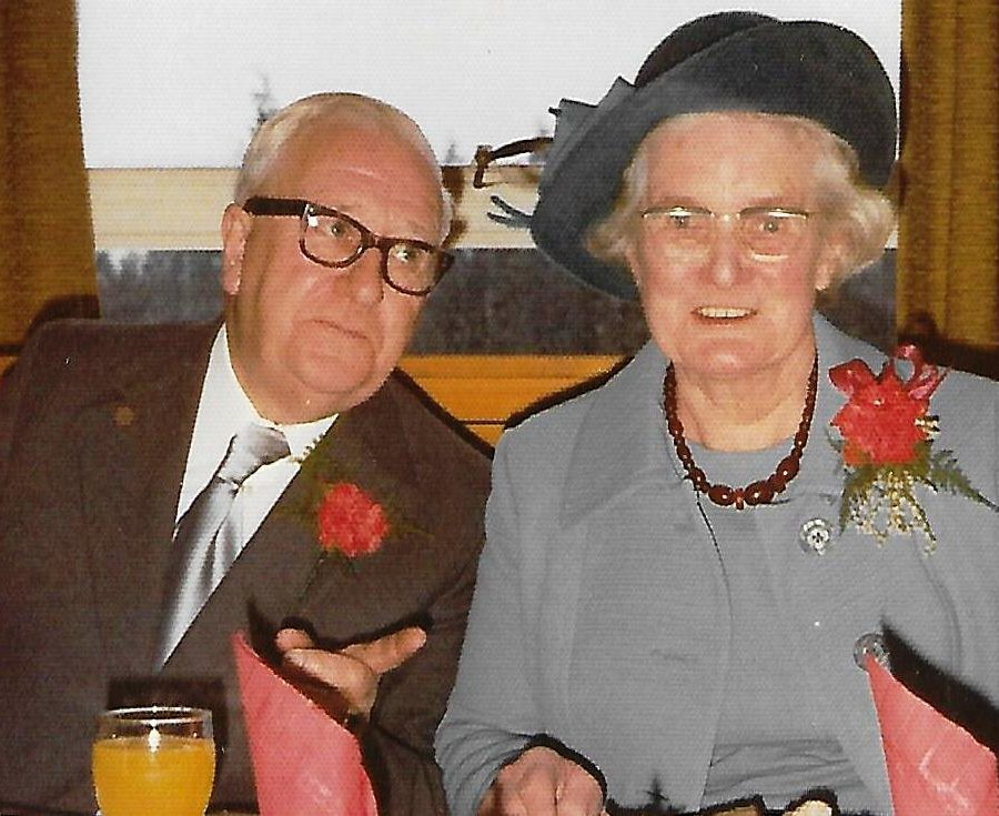 mum and dad at Ruby wedding celebrations 14months before she died