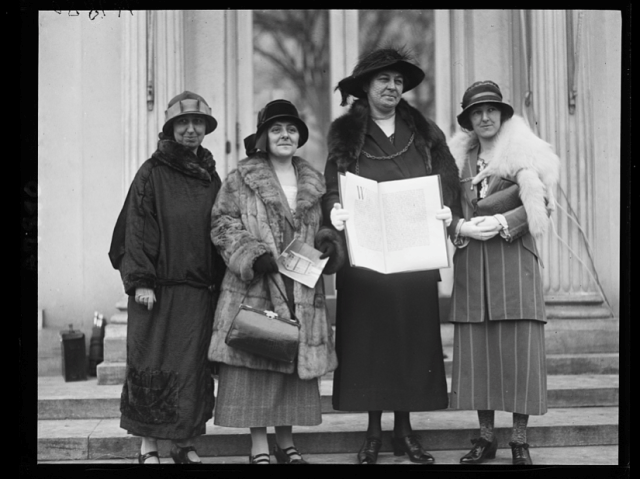 Welsh Women's Peace Petition of 1924 being presented in Washington